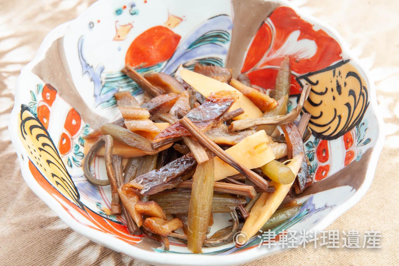 山菜と身欠きにしんの炒め物
